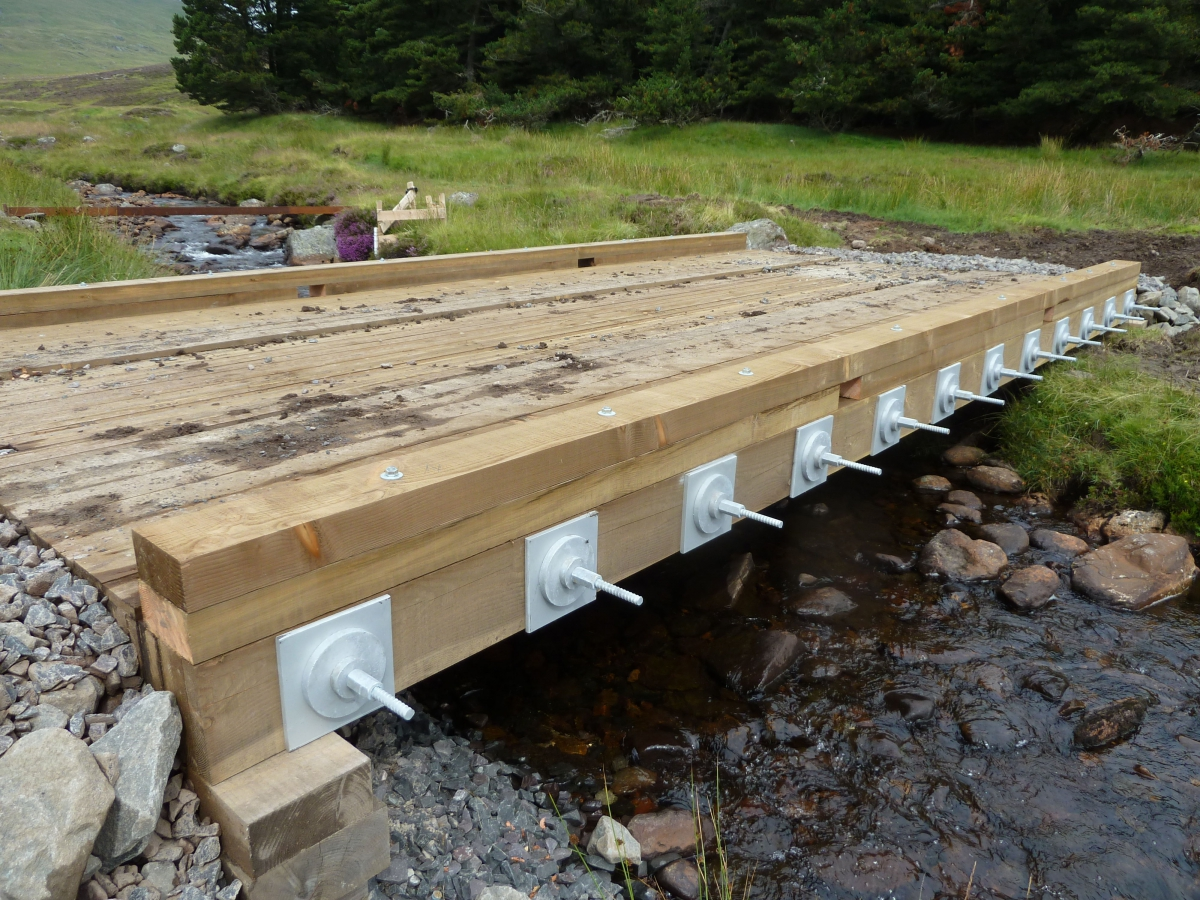 how to build a timber vehicle bridge